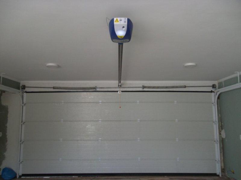 Automatizador para portões basculantes